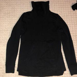Lululemon sweatshirt size 6 worn ONCE
